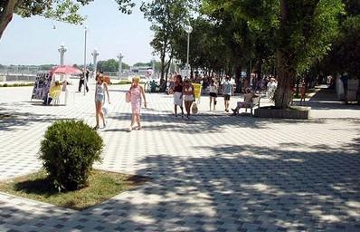 http://news.mail.ru/pic/15/cb/606844_398_256_source.jpg