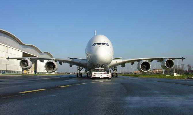 Украина и Турция договорились снять ограничения на полеты