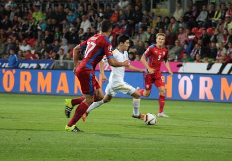 Сборная Казахстана во второй раз проиграла Чехии в отборе на Евро-2016
