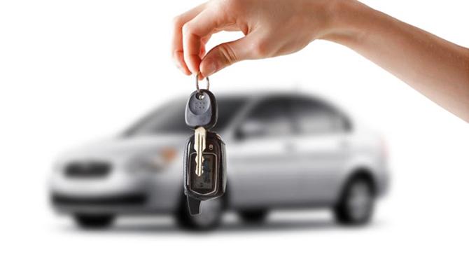 В Киеве рекордно выросли продажи элитных авто