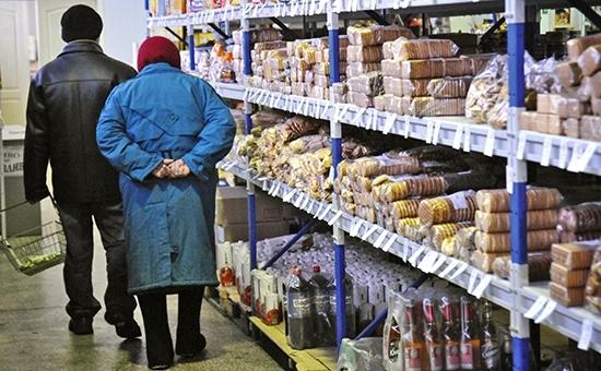 18% украинцев вынуждены экономить на еде - опрос