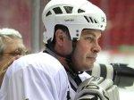 Семья умершего чемпиона мира по хоккею Карпова поблагодарила за поддержку