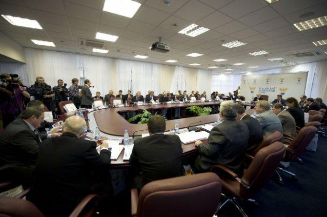 РФС утвердил максимальный размер заработной платы тренерского штаба сборной