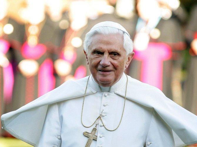 Бенедикт XVI в выборах нового папы принимать участия не будет, Папа Римский Бенедикт XVI, католическая церковь, папство - ВКурсе