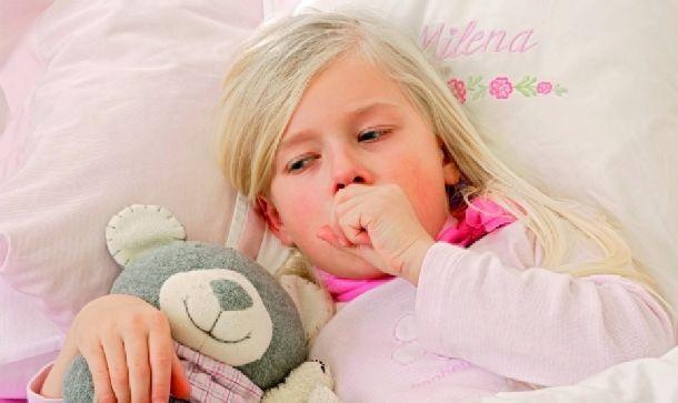 Как правило, для его лечения назначают курс антибиотиков, эуфиллин, отхаркивающие препараты и.