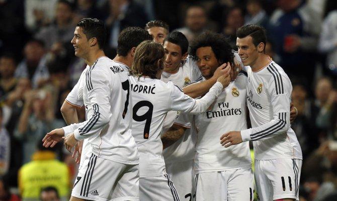 Первое место рейтинга самых прибыльных клубов занимает Реал в минувшем году заработавший 577 млн евро мадридский клуб возглавляет список на протяжении 11 лет.