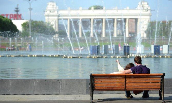 Гидрометцентр предсказал России теплое лето