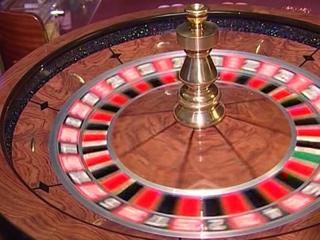 Вход в казино был максимально засекречен: попасть в заведение можно было