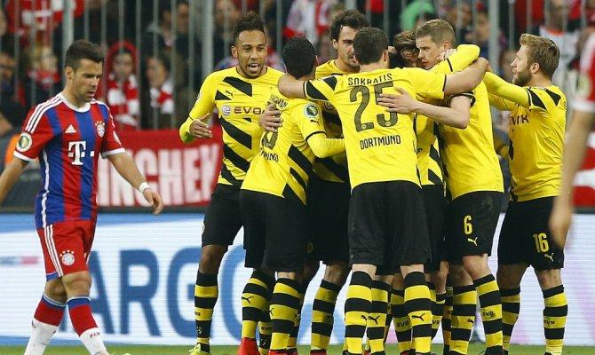 Дортмундская Боруссия обыграла Баварию в серии пенальти и вышла в финал Кубка Германии - Фото