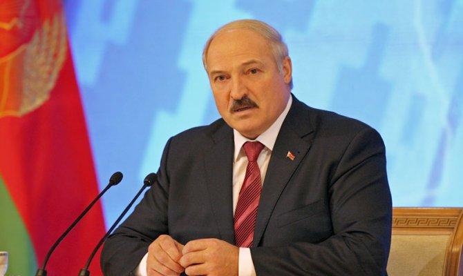 Лукашенко: У нас конь не валялся в здравоохранении и образовании