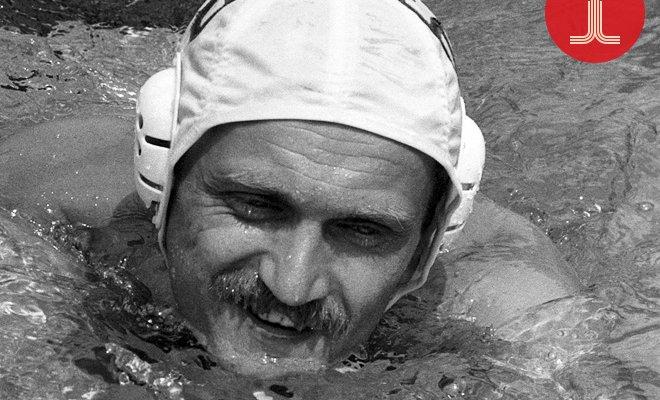 <p>Сборная России по водному поло выиграла Олимпиаду в Москве. Огромную роль в этой победе сыграл её капитан Александр Кабанов.</p>