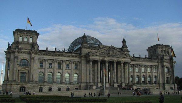 Немецкая СДПГ затевает опасную игру с голосованием, считает эксперт